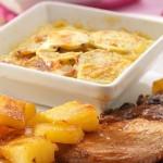 Côtes de porc à l'ananas et gratin de patates douces